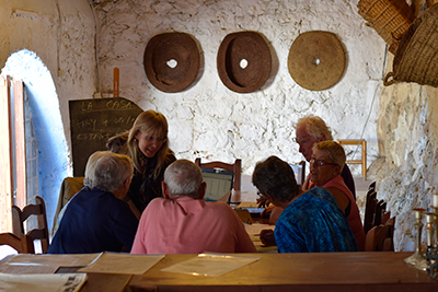 Spanish conversation class at Ojalá Lliria